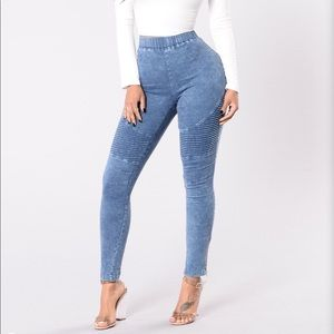 "Fashion Nova ""Switching Up the Angles"" Jeggings"